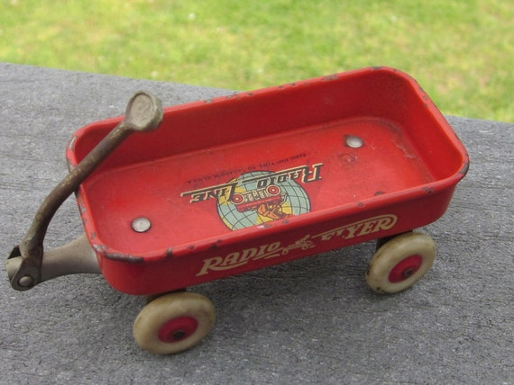 Vintage 1930's Radio Flyer Toy Miniature Wagon