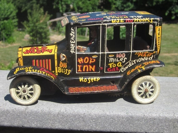 Marx Old Jalopy Tin Litho Wind Up Car 1930's Rare and Hard To Find