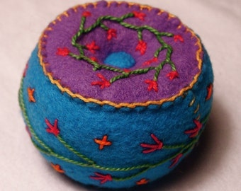 FREE SHIP Petite bright little button and flowers Pincushion made to order