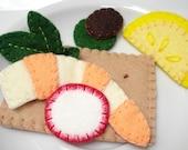 Cracker Nibbles - Felt Play Food