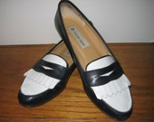 Private Listing for AlicetJune Vintage Etienne Aigner Leather Navy and White Spectator Shoes Size 7 1/2 N Women's