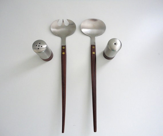 Mid Century Modern Serving Set for Salad with Salt and Pepper Shakers New in Box from the 1960s
