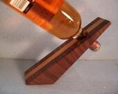 WEDGE --Wine Bottle Holder