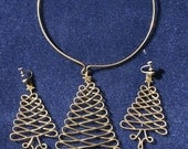 Brass metal christmas tree cuff necklace and earrings
