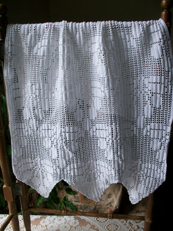French Lace Crochet Curtain Window Blind  Fabric 1950s Handmade
