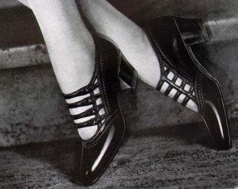 Ritz Shoe Fashions Flapper Girls Roaring Twenties Vintage Art Deco USA 1920s Glamor Lithograph To Frame