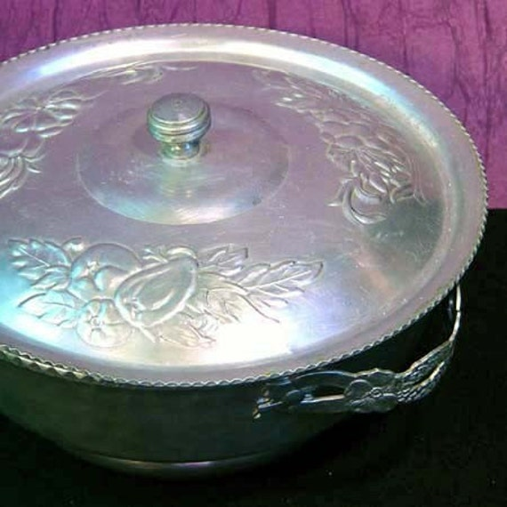 Hammered Aluminum Covered Serving Dish Quince Pattern 1950s Mid Century Vintage
