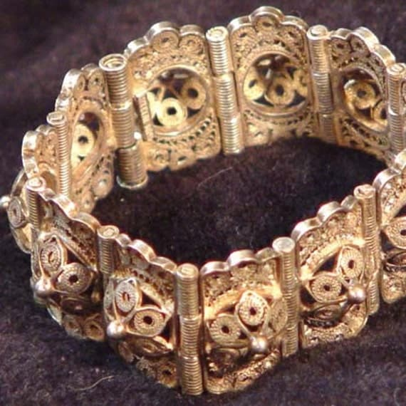 Silver Lacework Bracelet Handcrafted Mexico Artisan Vintage Beauty 1940s