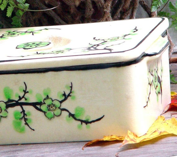 Moriyama Coverd Icebox Storage Box Japan 1920s Vintage Art  Deco Vintage Kitchen Organizer Cherry Blossom Pattern