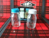 vintag tiny miniature Ball mason jar lid glass salt and pepper shakers from 1970's New IN Box -wedding supplies