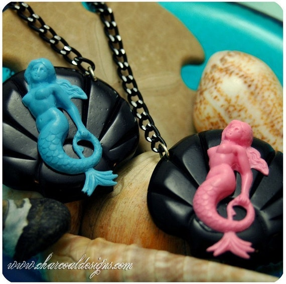 Handmade Mermaid Nautical Seashell Necklace - Splash - Tattoo Vintage Inspired Aquatic Life Ocean Oceanic - Pink OR Blue