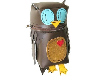 Owl Bot Pouch