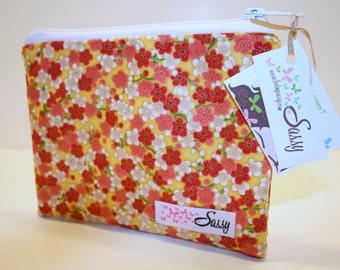 Floral Make up Bag Size Medium, Cosmetic Bag, Travel Makeup Bag, Lined Makeup Bag