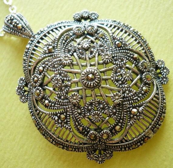 SALE Sterling Silver Victorian Marcasite Pendant Necklace