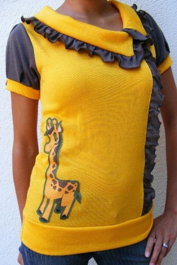 One of A Kind MEDIUM Giraffe Knit Top