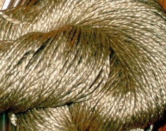 WORSTED Tussah Silk Undyed Yarn, 2 Ply Natural Honey Silk Yarn, Undyed Wild Tussah Silk Yarn, Worsted Weight Silk Yarn