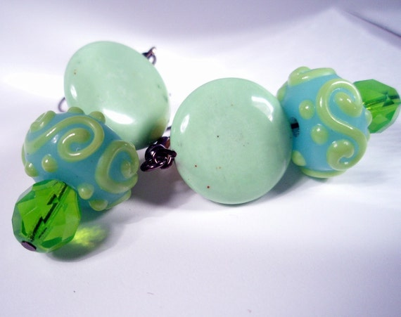 No Bad Apples - Magnesite and Glass Earrings