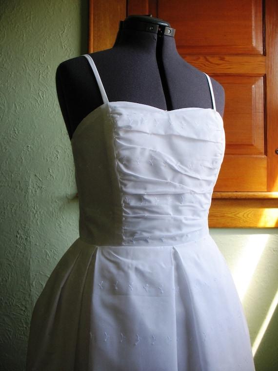 Sample SALE White Eyelet Sweetheart Dress