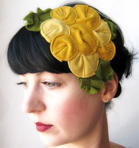 Giant Dwarf // Rosette Fascinator // The Canary