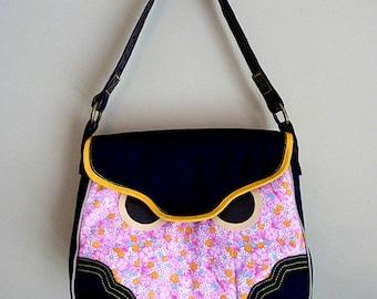 Clearance Sale Bag, Owl Tote Bag, Owl Handbag, Owl Shoulder Bag, Owl Carryall, Owl Purse, Hoot The Owl Bag, Pink Color Vintage Floral Fabric