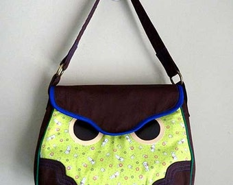 Clearance SALE handbag, Owl Handbag, Owl Tote bag, Owl Purse, Owl Carryall, Hoot The Owl Bag, Green Bunny Rabbit Fabric Print