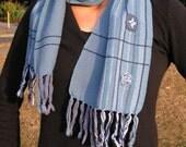 Handwoven short scarf - blue
