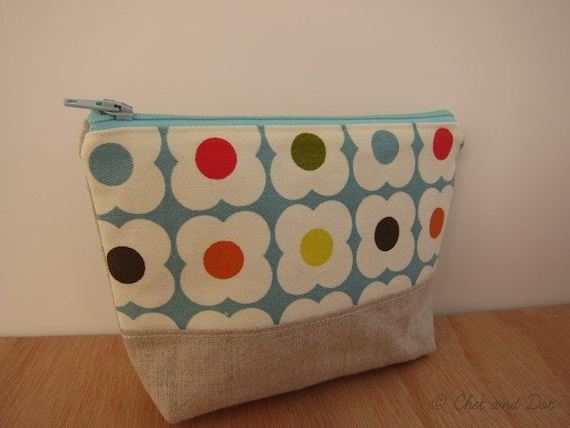 Modern Daisy Orla Kiely Zipper Make Up Bag
