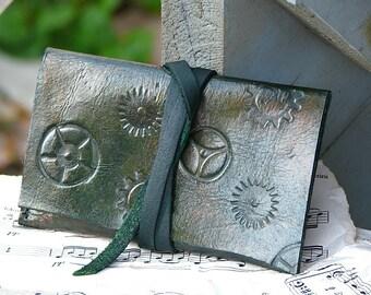 Leather ID Card Wallet -- Steampunk Unisex Gears - Green tones