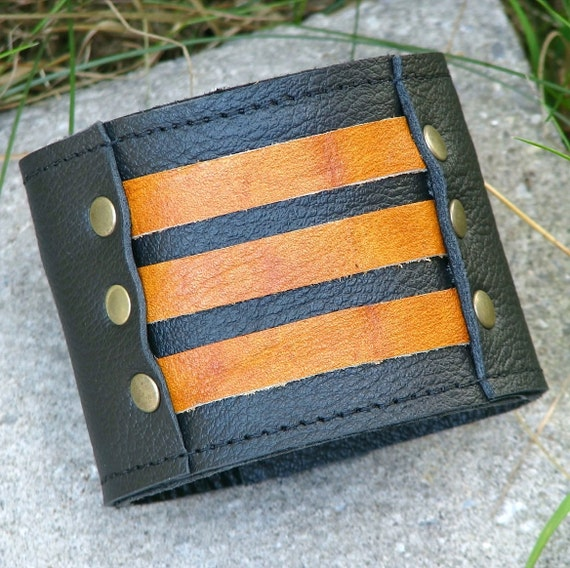 Unisex Leather Wrist Wallet Cuff with  - Secret Pocket - On-the-Go - Militant Band Leader Wristband