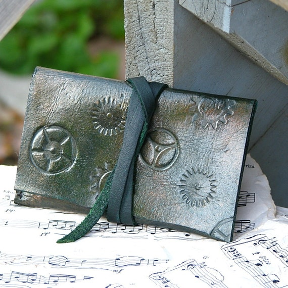 Leather ID Card Wallet Case-- Steampunk Unisex Gears - Green tones