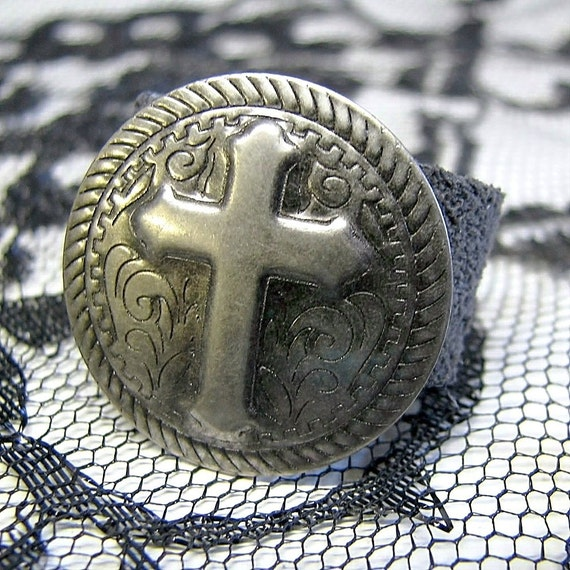 AMO Leather Bling Ring - - Gothic Cross on Circle