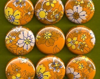 One Inch Magnet Set - 1970s Flowers 2