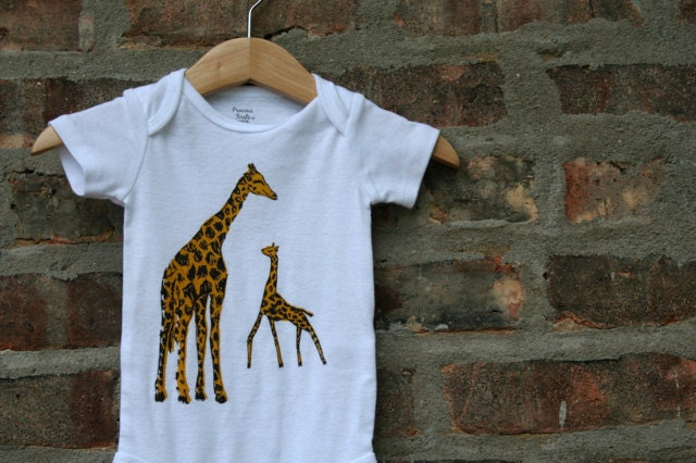 Giraffe baby clothing giraffe baby gift giraffe bodysuit for T shirt printing westerville ohio