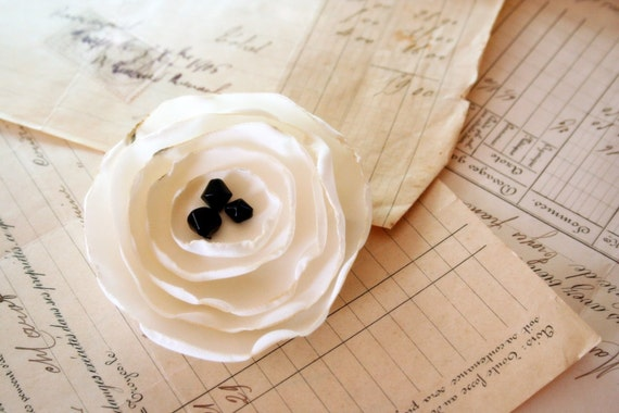 recycled poppy corsage--ivory