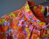 VTG 60s Mod Floral Gathered Neck Dress