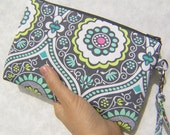 WEDDING CLUTCH gift pouch 2 pockets, bridesmaid clutch, wedding gift,wristlet - Treasure box Charcoal