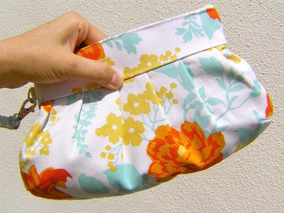 BRIDESMAIDS CLUTCH, Janbag Wristlet, flowers, yellow,orange, wedding, make up bag, - Rose bouquet in amber