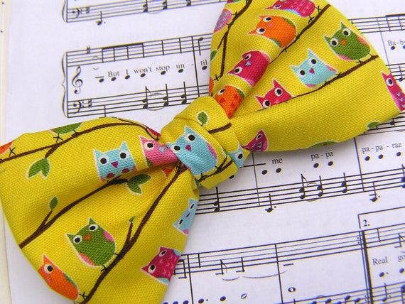 Boys bow ties., clip on, groomsmen - Owls in tree yellow