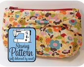 Zip Clutches Sewing Pattern - Make it in 3 Sizes - PDF Pattern (Email Delivery)