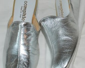 Silver Metallic Oomphies Slides, Size 6M