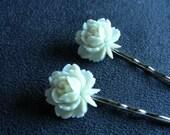 pretty little flower bobby pins