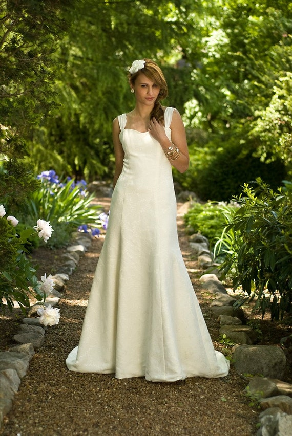 SAMPLE SALE- Hailey - Eco Friendly Sweetheart Fit and Flare Long Wedding Dress with Train and Chiffon Straps Ivory Hemp Silk Floral