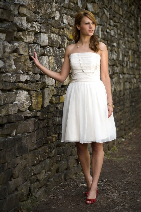 SAMPLE SALE - Anna - Short Wedding Dress - Eco Friendly Strapless Dress for Beach or Reception with Ruched Bodice and Natural Waist