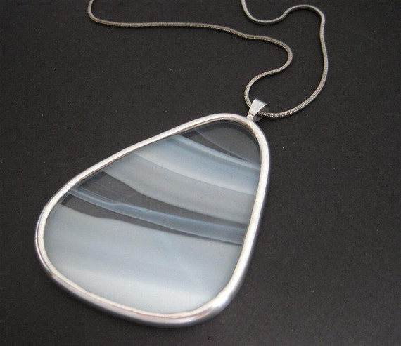 White streaks soldered stained glass necklace (1413)