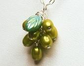 Darling Grapes Pendant - Green