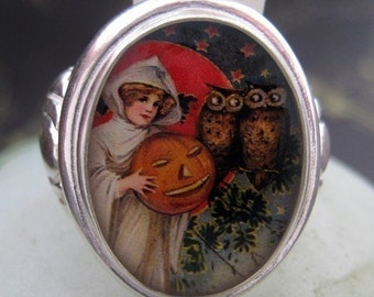 Witch with Pumpkin and Spooky Owls Sterling Silver Ring (Sizes 5-10 w/ half sizes)