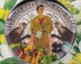Frida with The Two Monkeys Glass Round Paperweight tartx