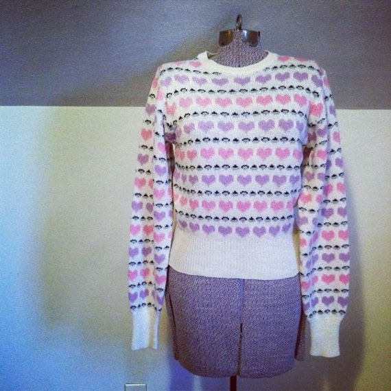 A VERY 80s VALENTINES SWEATER / New Wave Hearts / Size M