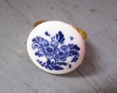 Delft Blue Floral Ring - Vintage Ceramic on Brass Band