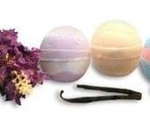 SALE Set of 3 Bath Bombs LAVENDER VANILLA VERY BERRY 6 ounces each Vegan Fragrance SCENT Natural